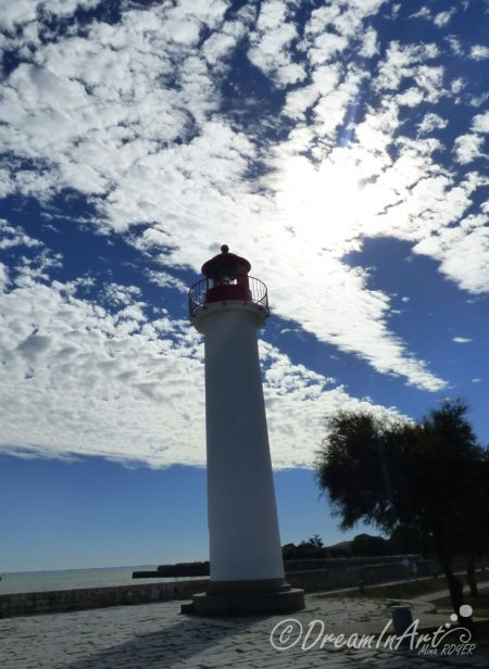 phare-dans-les-nuages-dreaminart-001
